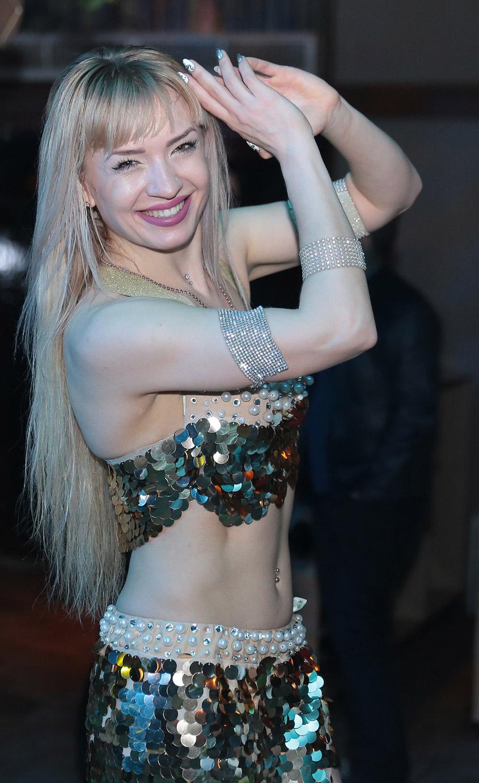 izmir-dansoz-kiralama